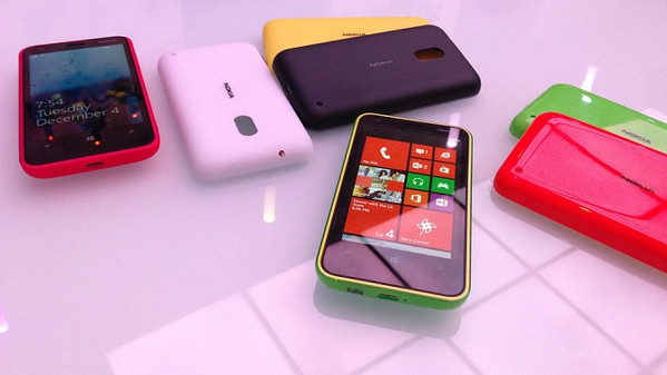 nokia_presenta_lumia_620_con_windows_phone_8_6628